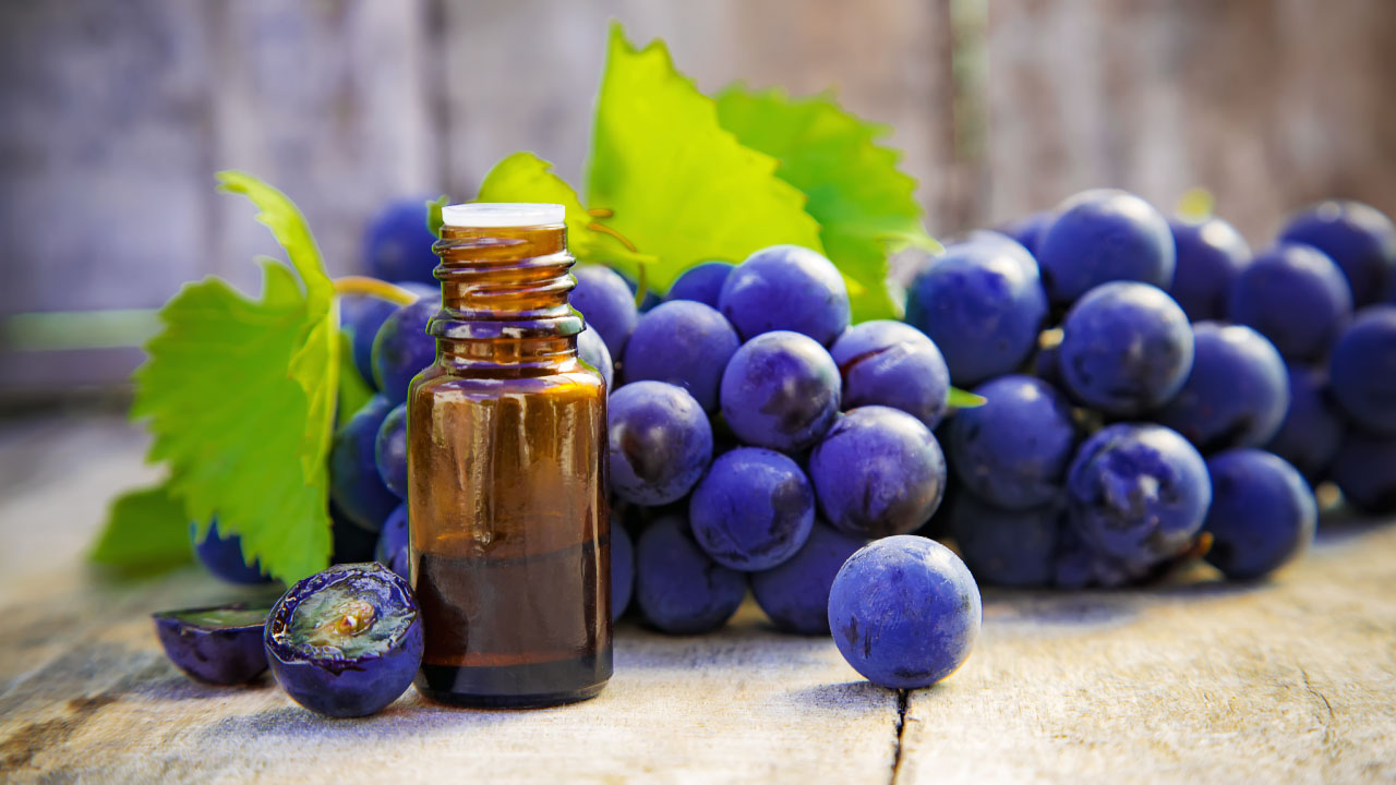 grapeseed oil with herbs for skin and hair